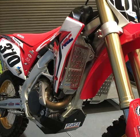 Honda CRF450R 2017 + / CRF450 RX 2017 + Radiator Guards 1