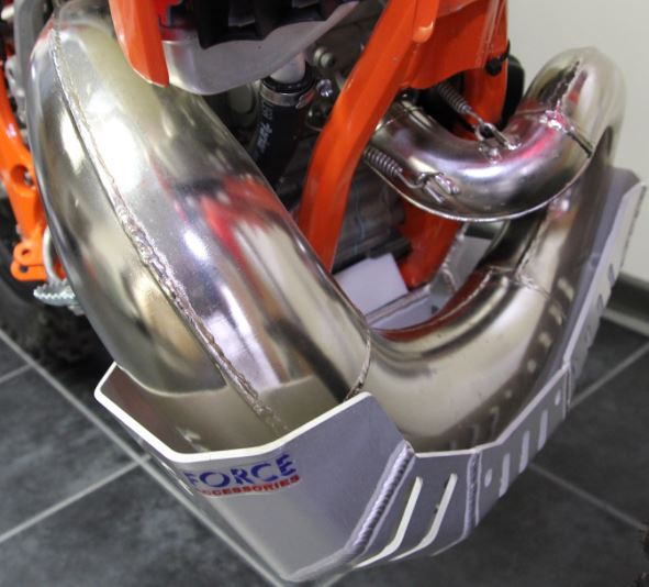 KTM 250/300 EXC 14-16 Bash Plate with Pipe Guard STANDARD PIPE ONLY 2